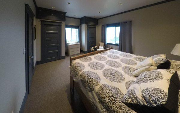 Cascade Room Portland Tourism & Lodging
